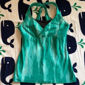 Great cond Lucy workout tank with built in bra, M